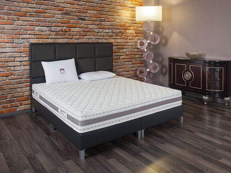 Тапицирана спалня Нани Тоскана
